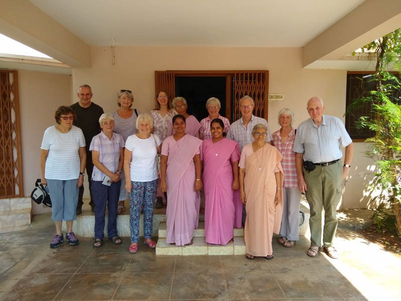 A group of UK visitors with the staff at Jeevan Jyothi Hospice
